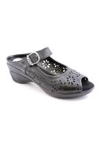 White Mountain Shoes Musical Wedges black