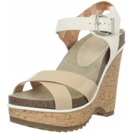 BCBGeneration Women's Chessa Wedge Sandal Natural